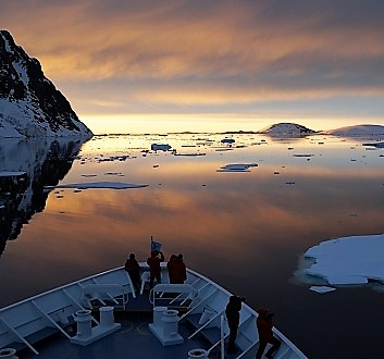 Antarctica, Lemaire Channel