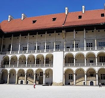 Poland, Kraków, Wawel's Courtyard