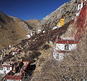 China, Tibet, Drak Yerpa Meditation Caves