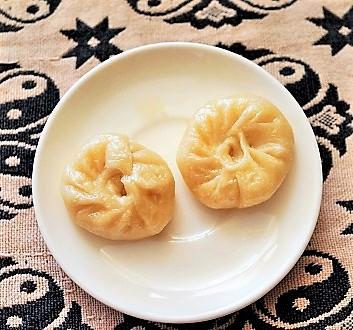 China, Tibet, Cheese Momo, Snowland Restaurant