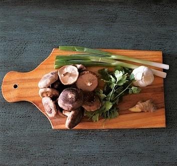 Shitake Mushrooms, Cilantro, Scallions, Garlic, Ginger
