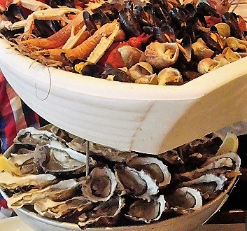 France, Brittany, Cancale, Seafood Platter & Oysters