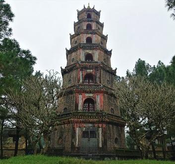 Vietnam, Thien Mu Pagoda