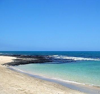 USA, Hawai'i Island, Kohala Coast, White Sand Beach