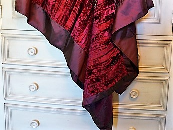 Lebanon, Red Wine Shawl