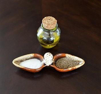 Huile d'Olive, Sel, Poivre Noir