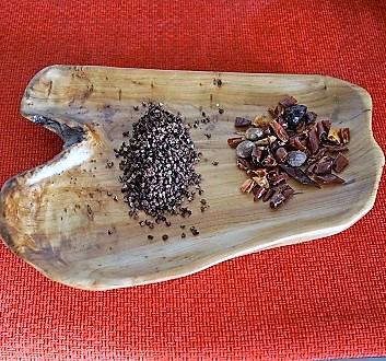 Sichuan Peppercorns, Chili Peppers