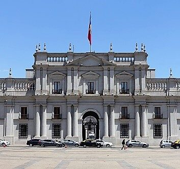 Chile, Santiago, La Moneda Palace