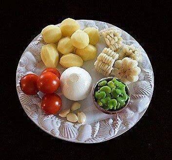 Potatoes, Tomatoes, Onion, Garlic, Peruvian Corn, Fava Beans